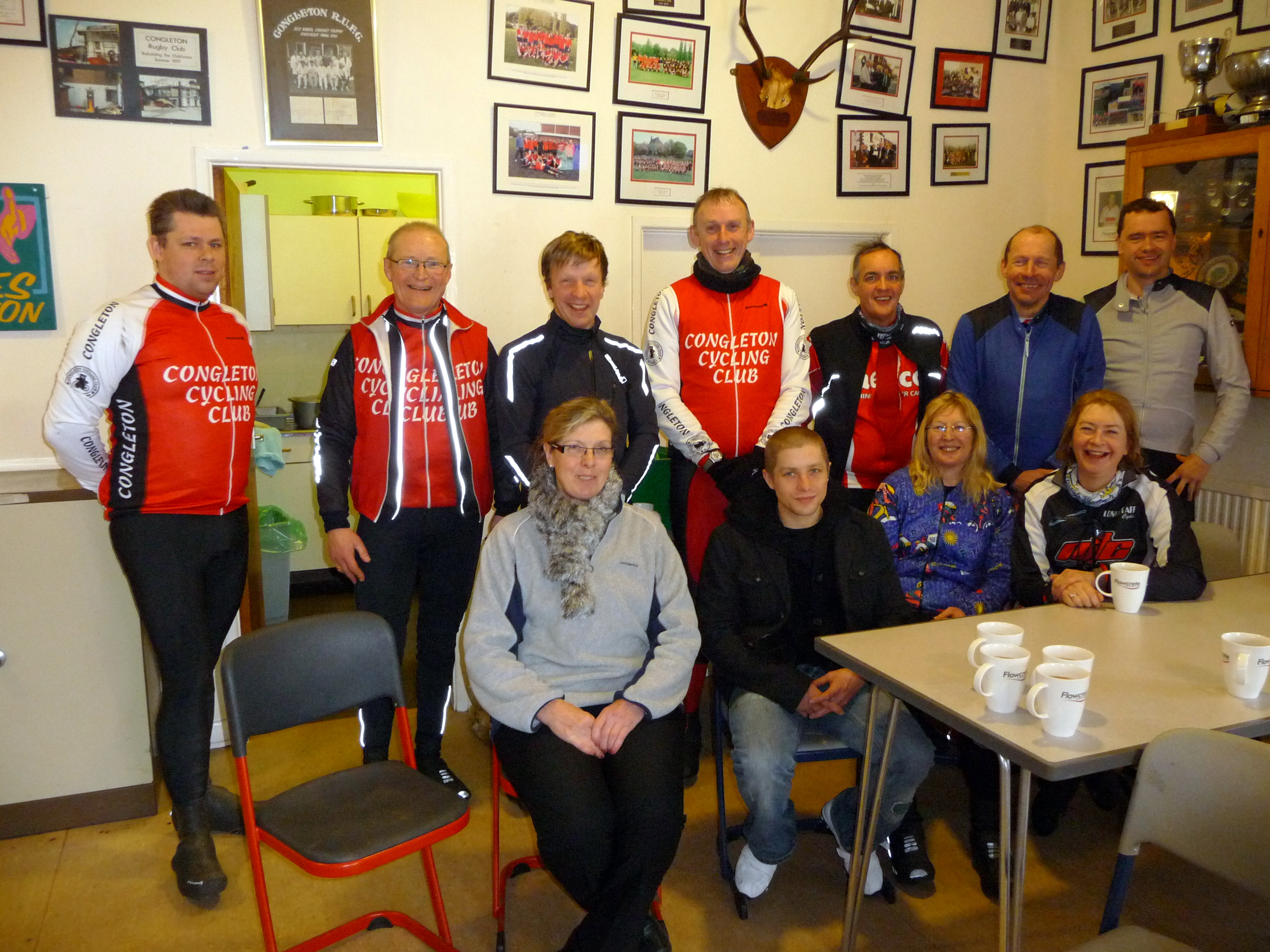 Members at Finish of 100-mile Reliability