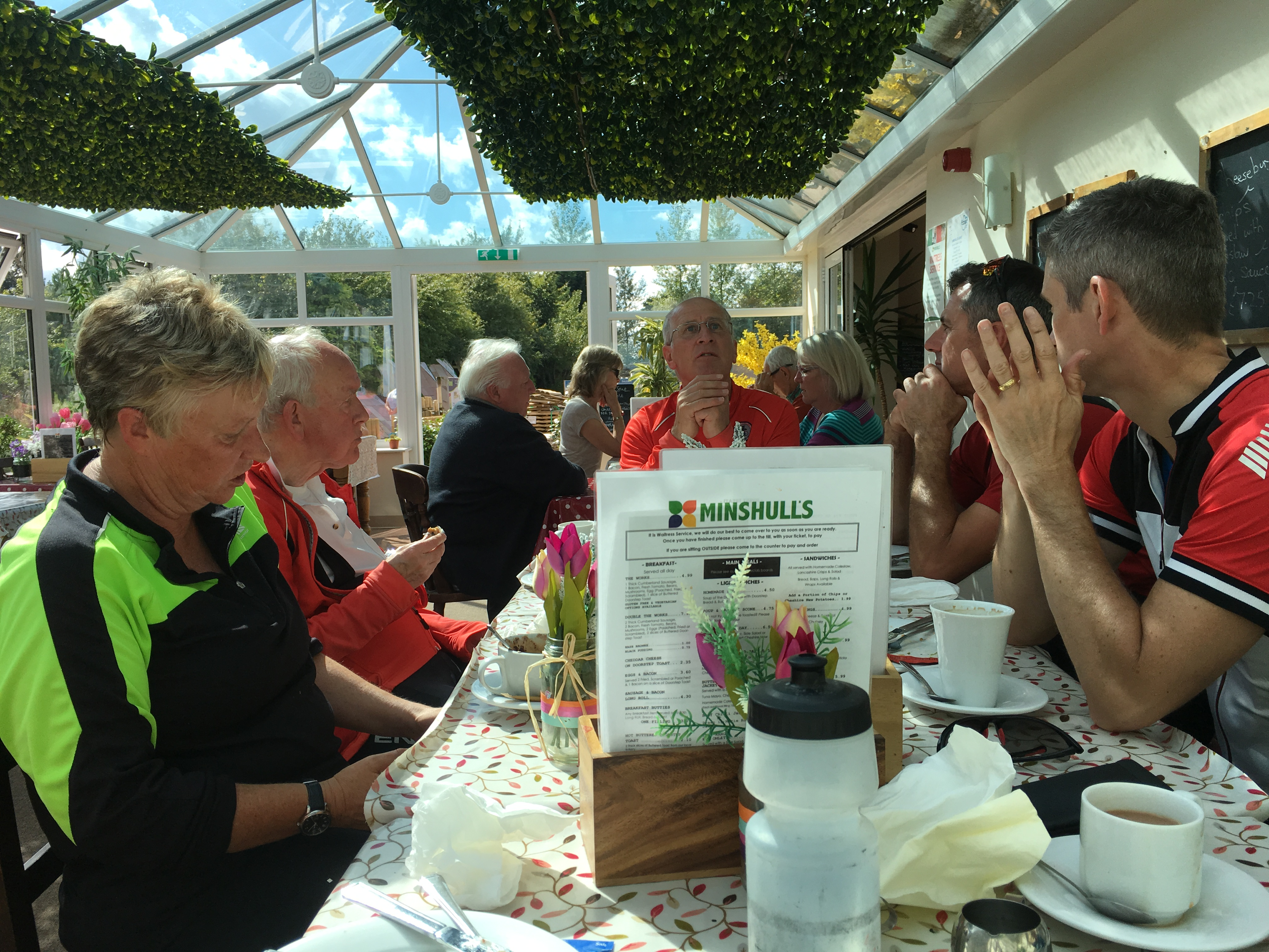 Lunchtime at Minshulls. The riders' repast.